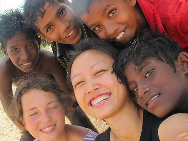 Student Grace Knott makes new friends during her year in India.